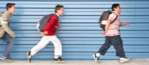 Enfants-Arretons-de-leur-dire-Depeche-toi